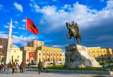 Екскурзия с нощен преход до Дуръс, Албания! 3 нощувки със закуски, обяди и вечери, транспорт и пешеходен тур на Скопие! - Снимка