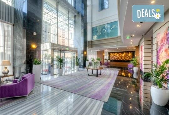 Специална оферта за Майски празници в Дубай! 4 нощувки със закуски в Somewhere Hotel Tecom 4*, самолетен билет, чекиран багаж и трансфери, от Крис Еър! - Снимка 9