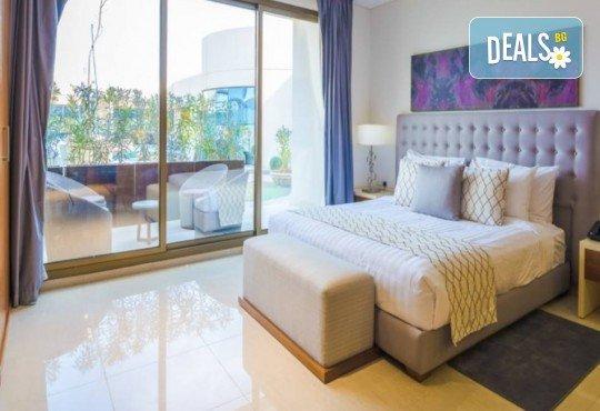 Специална оферта за Майски празници в Дубай! 4 нощувки със закуски в Somewhere Hotel Tecom 4*, самолетен билет, чекиран багаж и трансфери, от Крис Еър! - Снимка 8