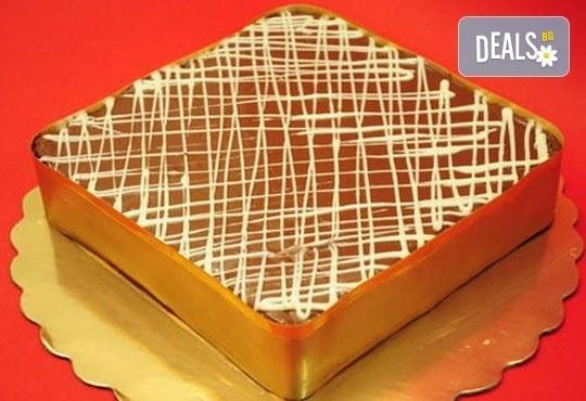 """Шоколадова торта """"Нутела"""" с вкус на лешник, с бисквити и маскарпоне от Лагуна"""