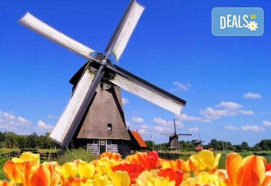 Самолетна екскурзия до Амстердам през май и юни 3 нощувки в хотел 2* или 3*, самолетен билет до Айндховен с включени летищни такси и ръчен багаж!! - Снимка 1