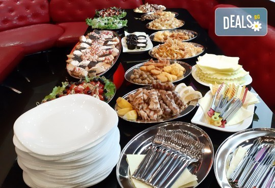 Вкусна торта /избор от 29 картинки/ и пълнеж по избор от Виенски салон Лагуна Предплатете сега 1лв! - Снимка 43