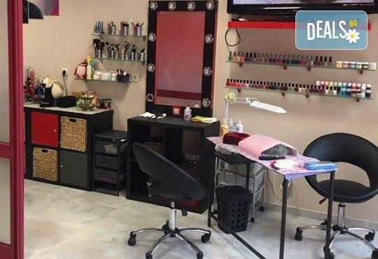 Anti Aging терапия за лице с ултразвук, диамантено микродермабразио и маска и финален продукт във Florance Beauty Studio - Снимка 6