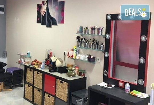 Anti Aging терапия за лице с ултразвук, диамантено микродермабразио и маска и финален продукт във Florance Beauty Studio - Снимка 7