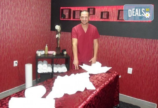 Тонизирайте тялото си с 60-минутен класически масаж на цяло тяло от масажно студио Галея - Снимка 5