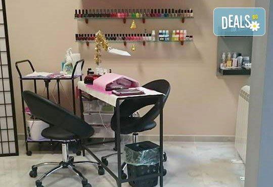Свежа и сияйна кожа! Ултразвуково почистване на лице и маска според нуждите на кожата във Florance Beauty Studio - Снимка 5