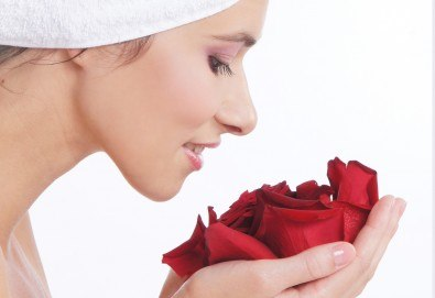 Почистване на лице, ултразвук, масаж и маска според типа кожа, в Студио за красота Galina! - Снимка