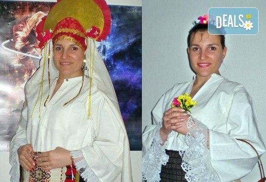 Раздвижете се в ритъма на българското хоро! 2 или 4 посещения на занимания по народни танци в клуб Вишана! - Снимка 6