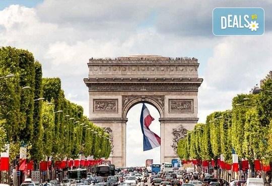 Екскурзия до Париж и централна Европа през май, с Дари Травел! 5 нощувки със закуски, самолетен билет, транспорт и екскурзовод! - Снимка 4