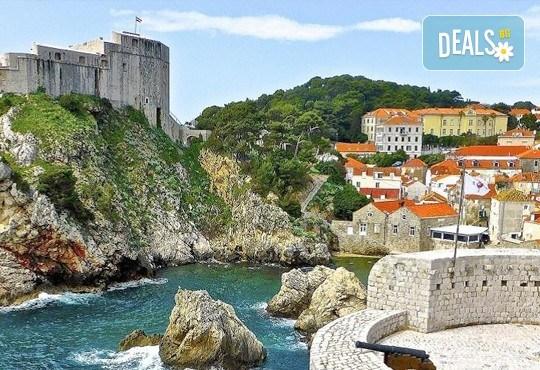 Екскурзия през септември до Будва и Дубровник, с Дари Травел! 3 нощувки със закуски и вечери в хотел 2/3*, транспорт и програма - Снимка 13
