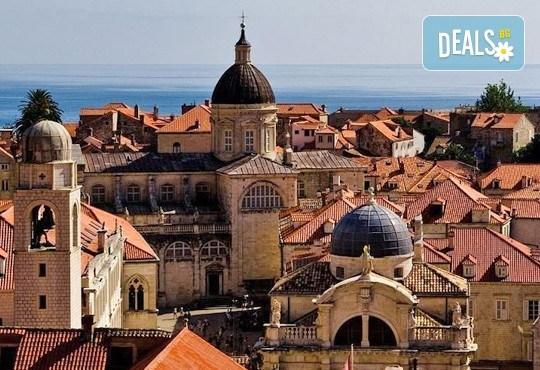 Екскурзия през септември до Будва и Дубровник, с Дари Травел! 3 нощувки със закуски и вечери в хотел 2/3*, транспорт и програма - Снимка 5