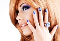Комбинирана процедура за красиви ръце и коса! Маникюр с гел лак SNB или лакове OPI, 2 декорации и премахване на цъфтежите с полировчик от Ивелина студио! - Снимка