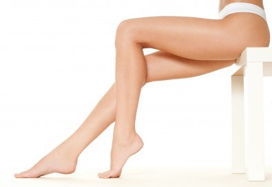Оформете тялото си с пакет антицелулитни процедури - 5 ръчни и 5 с целутрон от салон Венера - Снимка