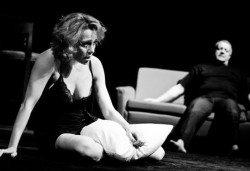 Не пропускайте! Влади Люцканов и Койна Русева в Часът на вълците, Младежкия театър на 11.05. от 19 ч, голяма сцена, билет за един - Снимка