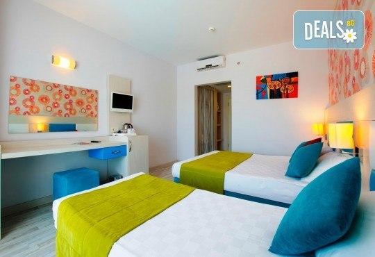Last minute почивка в Анталия: 7 нощувки, All Inclusive в Ramada Resort Side 5*, двупосочен билет, директен полет, летищни такси и трансфери - Снимка 5