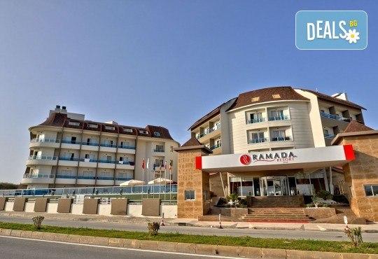 Last minute почивка в Анталия: 7 нощувки, All Inclusive в Ramada Resort Side 5*, двупосочен билет, директен полет, летищни такси и трансфери - Снимка 3
