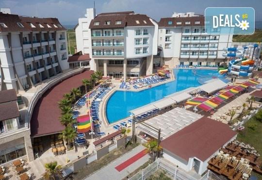 Last minute почивка в Анталия: 7 нощувки, All Inclusive в Ramada Resort Side 5*, двупосочен билет, директен полет, летищни такси и трансфери - Снимка 17