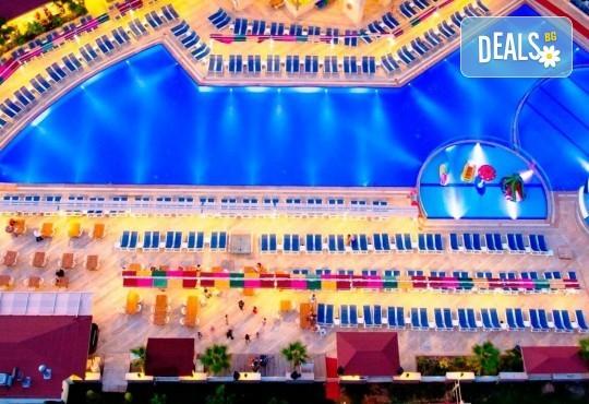 Last minute почивка в Анталия: 7 нощувки, All Inclusive в Ramada Resort Side 5*, двупосочен билет, директен полет, летищни такси и трансфери - Снимка 14