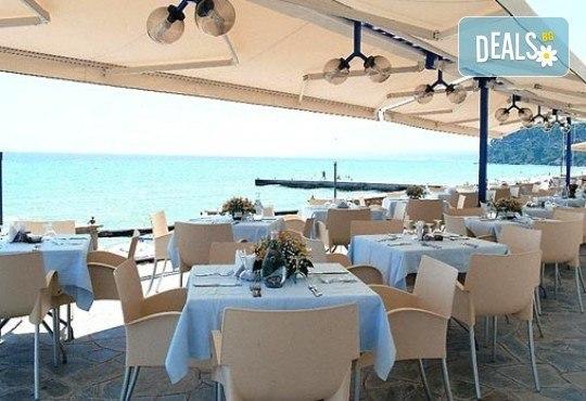 Last minute! Майски празници на Халкидики, Гърция! 2 нощувки със закуски и вечери в Ammon Zeus 4*, транспорт и програма - Снимка 6