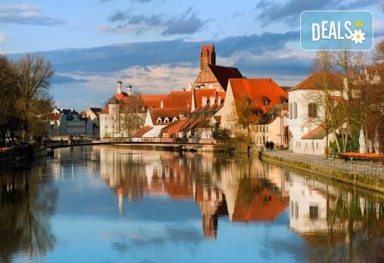 На екскурзия до Баварските замъци през май: 6 дни, 4 нощувки със закуски, транспорт и водач от Имтур! Екскурзионна програма в Залцбург и Мюнхен. Нощен преход на отиване! - Снимка 3