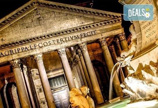 Потвърдена самолетна екскурзия до Рим - сърцето на Италия! 3 нощувки със закуски в хотел 3*, самолетен билет, трансфери и панорамна обиколка! - Снимка 2