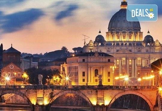 Потвърдена самолетна екскурзия до Рим - сърцето на Италия! 3 нощувки със закуски в хотел 3*, самолетен билет, трансфери и панорамна обиколка! - Снимка 8