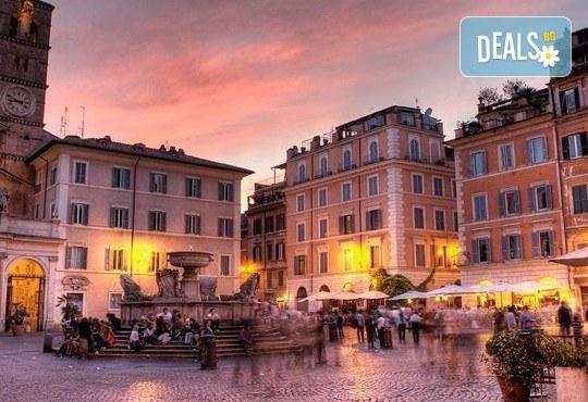Потвърдена самолетна екскурзия до Рим - сърцето на Италия! 3 нощувки със закуски в хотел 3*, самолетен билет, трансфери и панорамна обиколка! - Снимка 4