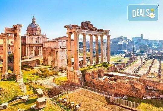 Потвърдена самолетна екскурзия до Рим - сърцето на Италия! 3 нощувки със закуски в хотел 3*, самолетен билет, трансфери и панорамна обиколка! - Снимка 9