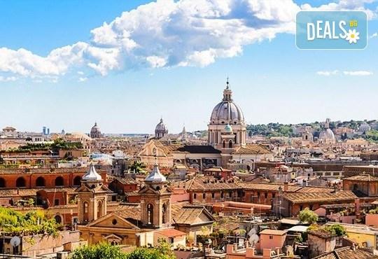 Потвърдена самолетна екскурзия до Рим - сърцето на Италия! 3 нощувки със закуски в хотел 3*, самолетен билет, трансфери и панорамна обиколка! - Снимка 11