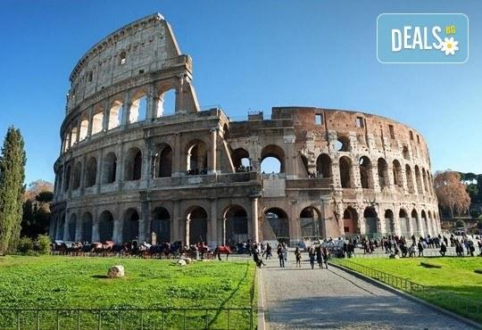 Потвърдена самолетна екскурзия до Рим - сърцето на Италия! 3 нощувки със закуски в хотел 3*, самолетен билет, трансфери и панорамна обиколка! - Снимка 12