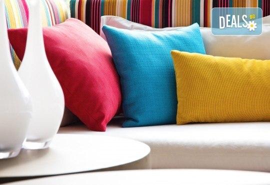 Топ оферта! Почистване и освежаване на кожени гарнитури, дивани, столове и кожени дамаски и други кожени изделия oт QUICKCLEAN! - Снимка 1