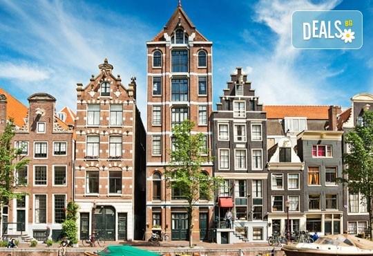 Юни-октомври в Амстердам, Холандия: 3 нощувки и закуски, самолетен билет