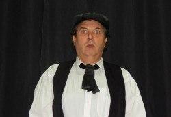 """Елате да се посмеем с моноспектакъла """"Аман от магарета"""" по разкази на Чудомир, на 31.05. от 19ч, в Театър Сълза и Смях, камерна сцена - Снимка"""