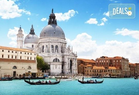 Екскурзия до Италия и Френската Ривиера! 7 нощувки, закуски, транспорт и програма в Загреб, Генуа, Ница, Монако, Сен Тропе, Антиб, Кан, Верона и Венеция! - Снимка 5