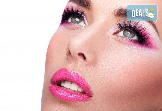 Поставяне на мигли косъм по косъм с 3D ефект и косъм от норка във фризьоро-козметичен салон Вили! - Снимка 1