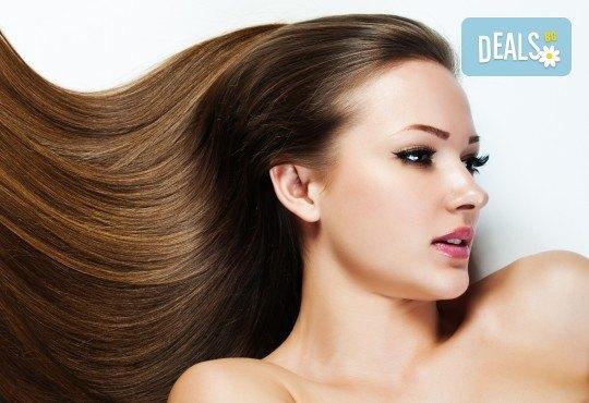 Нова визия за дълго време с трайно изправяне на коса или трайно къдрене на коса във фризьоро-козметичен салон Вили - Снимка 3