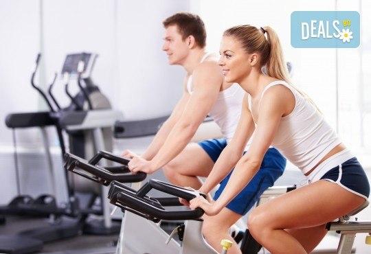 Неограничен брой тренировки с инструктор за жени и мъже в рамките на 30 дни и изготвяне на индивидуална тренировъчна програма от фитнес клуб Алпина - Снимка 1