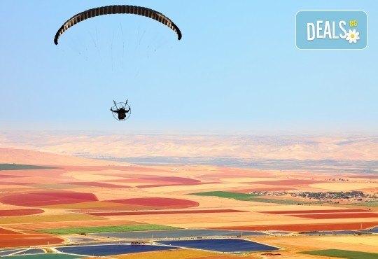 Тандемен полет с двуместен парапланер на 5 км от София + заснемане с HD GoPro action камера от Extreme sport! - Снимка 3