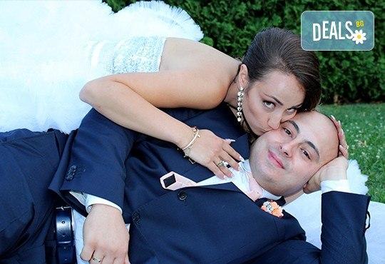 Само до края на май! Фото, видео заснемане на сватбено тържество, Go Pro камера, заснемане с дрон, дата по избор за 2017, от Townhall Productions! - Снимка 6