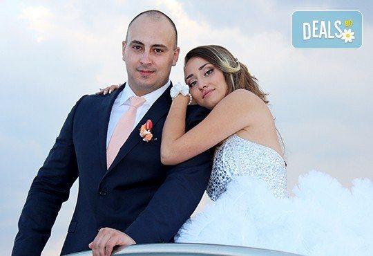 Само до края на май! Фото, видео заснемане на сватбено тържество, Go Pro камера, заснемане с дрон, дата по избор за 2017, от Townhall Productions! - Снимка 7