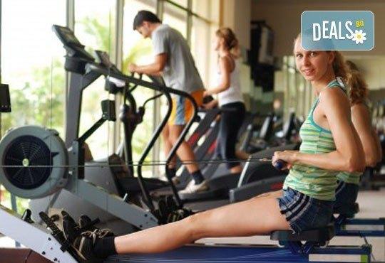 Влезте във форма с Palms Spa към хотел Анел 5*! Басейн + джакузи, фитнес или комбинация със сауна или парна баня само до 15.06! - Снимка 5