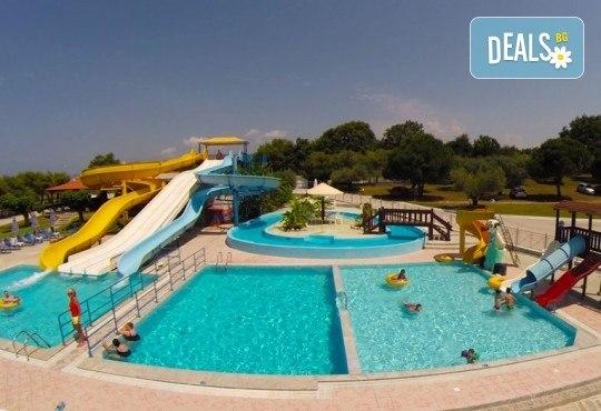 Почивка през юни в Hotel Kanali Beach 3*, Превеза! 5 нощувки със закуски и вечери, транспорт от Пловдив и екскурзовод от Дрийм Тур! - Снимка 11