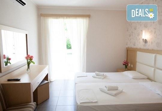 Почивка през юни в Hotel Kanali Beach 3*, Превеза! 5 нощувки със закуски и вечери, транспорт от Пловдив и екскурзовод от Дрийм Тур! - Снимка 3