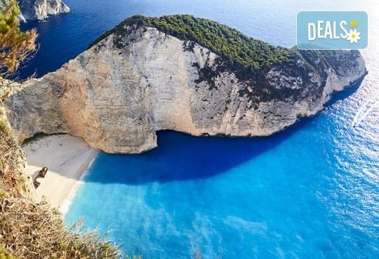 Незабравима почивка през юни на остров Закинтос, Гърция! 5 нощувки със закуски и вечери, транспорт и екскурзовод! - Снимка 1