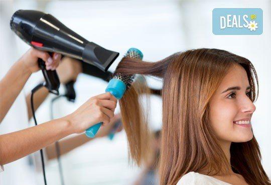 Подстригване с техника чрез увиване без скъсяване на дължината на косата, масажно измиване, маска и прическа в студио за красота LD - Снимка 3