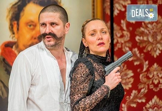 Гледайте Асен Блатечки, Койна Русева, Калин Врачански в Малко комедия, на 29.05. от 19ч, Театър Сълза и Смях, 1 билет - Снимка 7