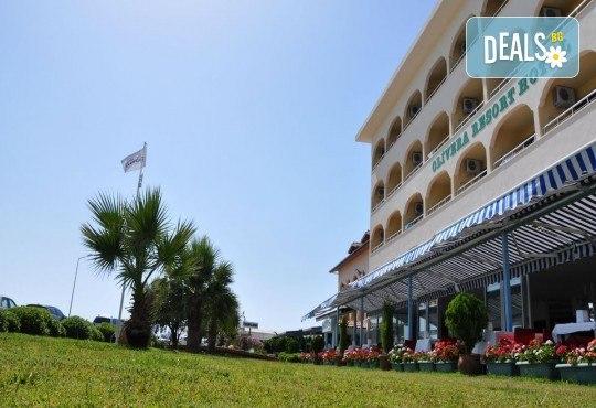 Почивка през юни в Айвалък, Турция с Дениз Травел! 7 нощувки на база All Inclusive в Olivera Resort 3*, възможност за транспорт! - Снимка 2