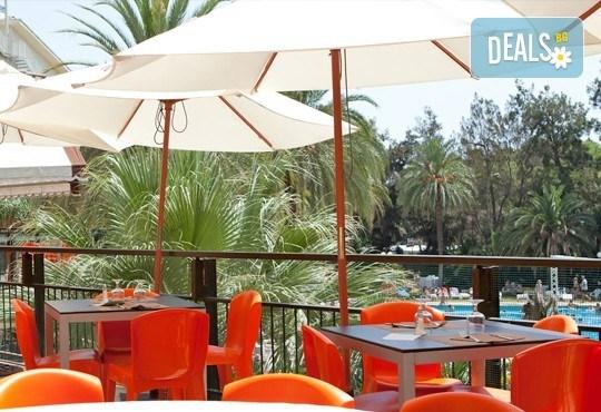 На море в Испания през септември, с Darlin Travel! 8 дни, 7 нощувки в Intur Orange 4*, пълен пансион, самолетен билет, летищни такси и трансфери - Снимка 8