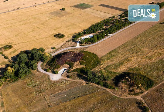 Посетете Долината на тракийските царе, Казанлък и Казанлъшка гробница с екскурзия за ден с транспорт и водач от Комфорт травел! - Снимка 4