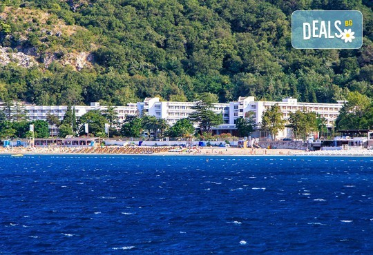 Септември в Черна гора и Дубровник с Darlin Travel! 3 нощувки със закуски и вечери в хотел Корали 2* в Сутоморе, 1 ден в Дубровник, транспорт - Снимка 7